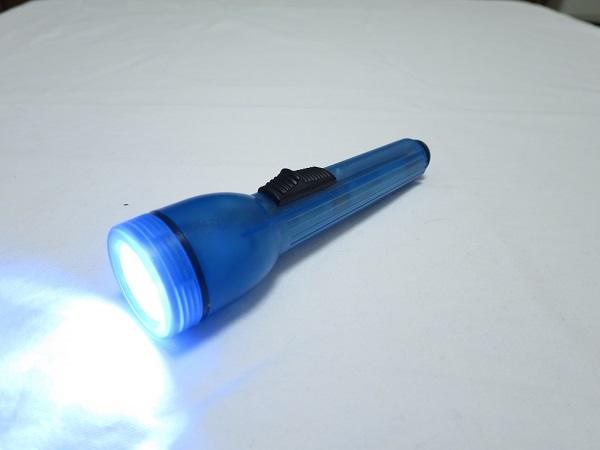 キャンドゥのライトをLEDに改造 ブルー