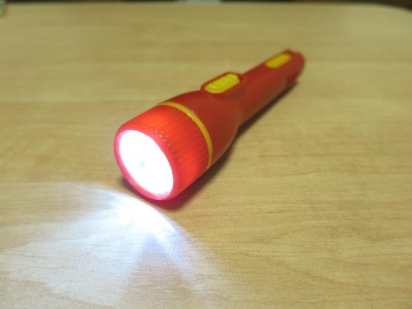 単3型のミニライトをLEDに改造 赤