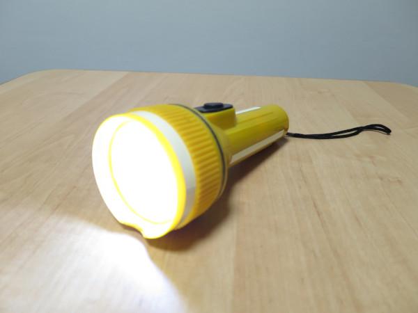 100円ショップのライトをLED化 ~黄色タイプ~